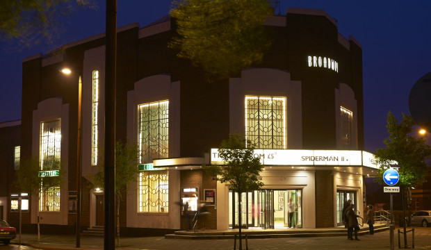 Exteriror: Broadway Cinema & Theatre